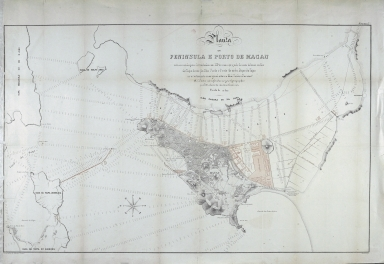 Planta da península e porto de Macau com as sondagens levantadas em 1884 e com o projeto do cais interior, molhe da Taipa, docas da ilha Verde e Praia Grande, dique da Taipa e revestimento marginal entre a Ilha Verde e Pac-Siac