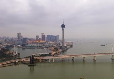 西灣大橋及旅遊塔一帶
