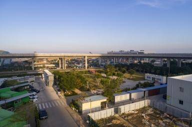科技大學返機場大馬路
