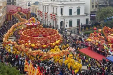 旅遊局呈獻精彩賀歲活動 ,大年初一龍騰舞躍賀新春