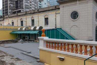 大堂鐘樓及主體側面