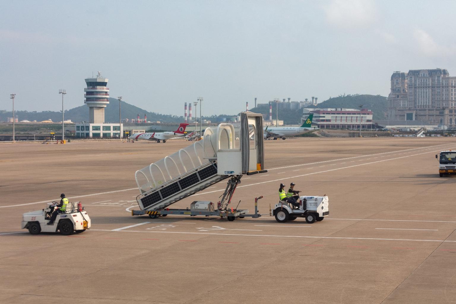 機場內拍九澳及路路氹城