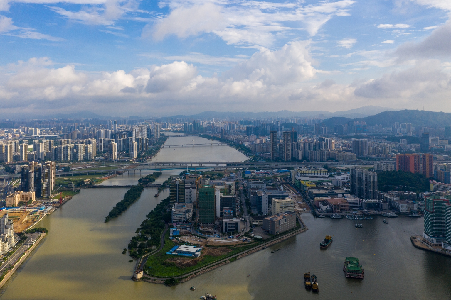 跨境工業區及前山河