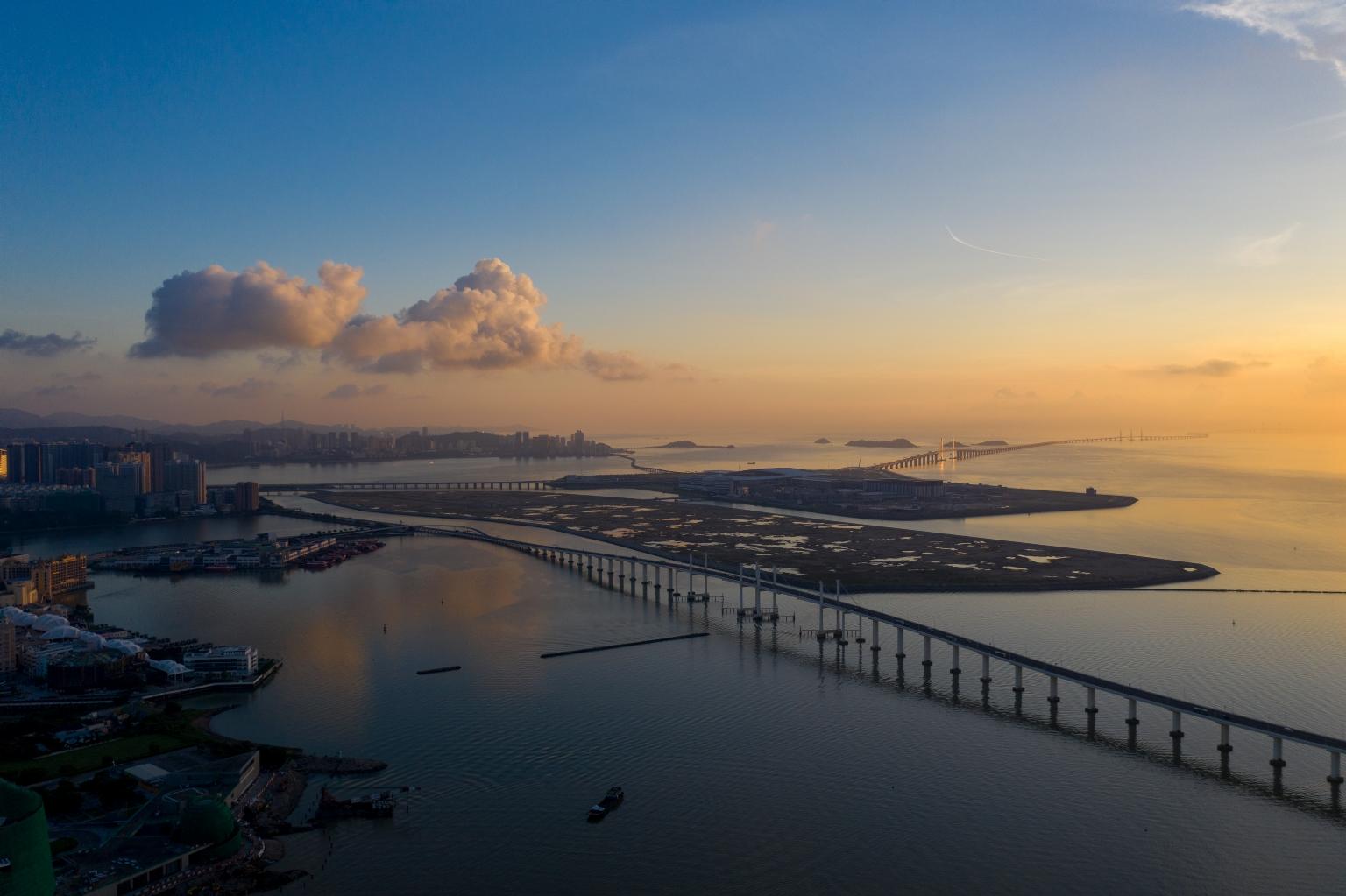 友誼大橋及新城填海A區
