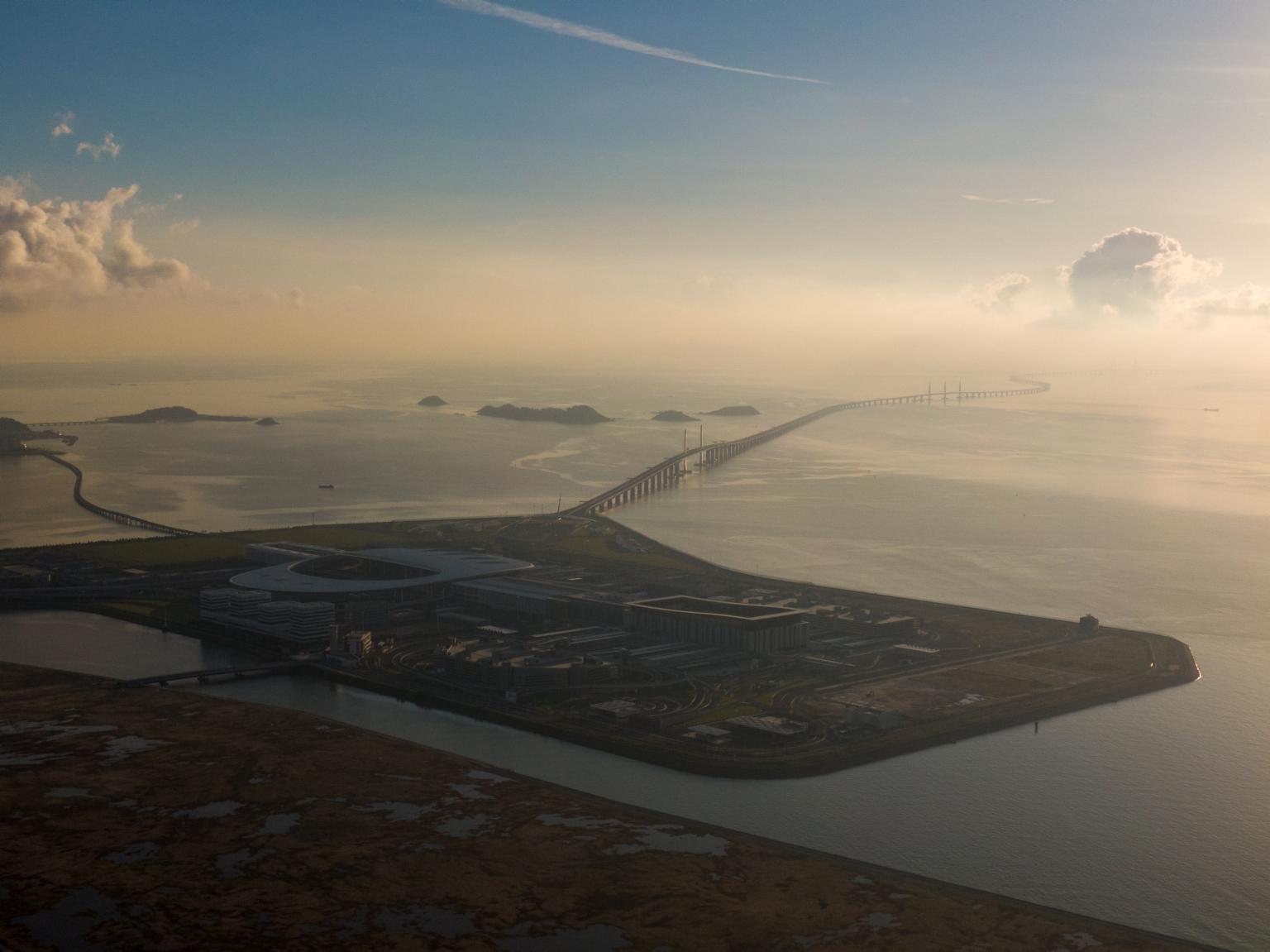 新城A區及港珠澳大橋